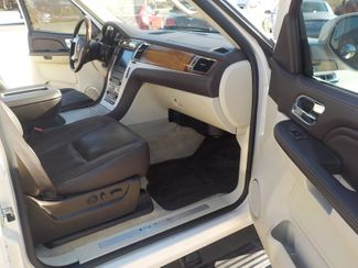 2009 Cadillac Escalade ESV Platinum Edition Fayetteville , Arkansas 13