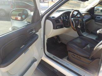 2009 Cadillac Escalade ESV Platinum Edition Fayetteville , Arkansas 6