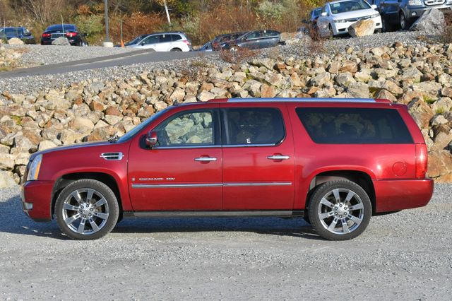 2009 Cadillac Escalade ESV Platinum Edition Naugatuck, Connecticut 1