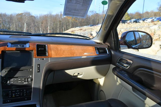 2009 Cadillac Escalade ESV Platinum Edition Naugatuck, Connecticut 18