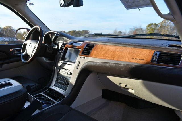 2009 Cadillac Escalade ESV Platinum Edition Naugatuck, Connecticut 8