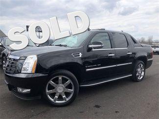 2009 Cadillac Escalade EXT Base AWD Navi Sunroof V8 Leather We Finance | Canton, Ohio | Ohio Auto Warehouse LLC in Canton Ohio