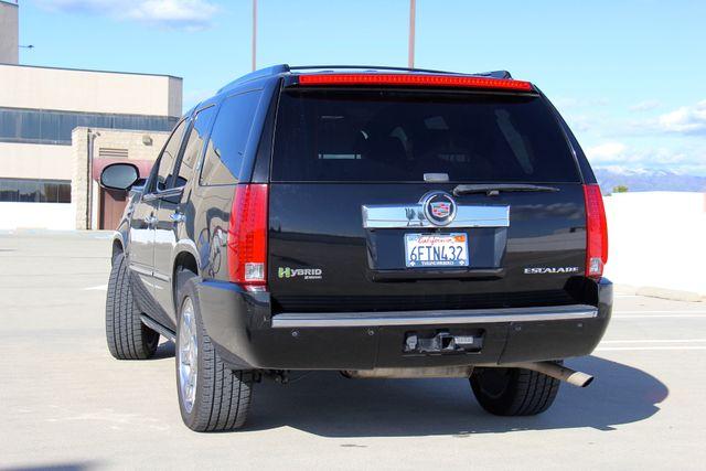 2009 Cadillac Escalade Hybrid Platinum Edition Reseda, CA 3