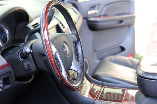 2009 Cadillac Escalade Hybrid Platinum Edition Reseda, CA 14
