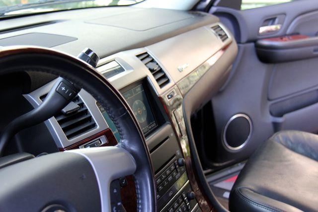 2009 Cadillac Escalade Hybrid Platinum Edition Reseda, CA 21