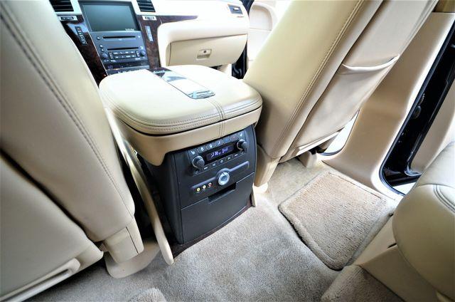 2009 Cadillac Escalade LUXURY Reseda, CA 26