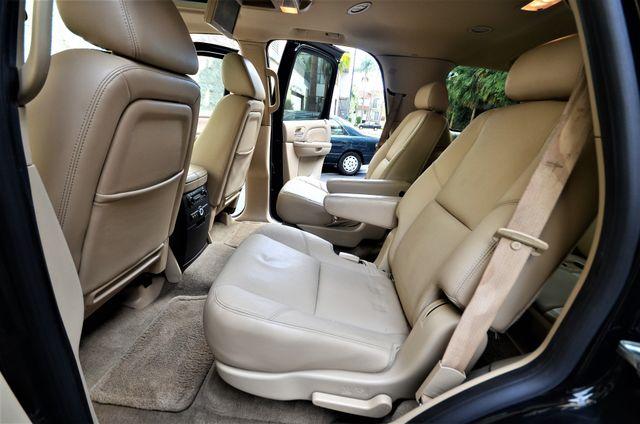2009 Cadillac Escalade LUXURY Reseda, CA 27