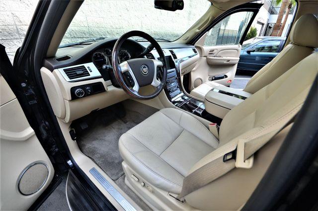 2009 Cadillac Escalade LUXURY Reseda, CA 29