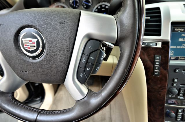 2009 Cadillac Escalade LUXURY Reseda, CA 31