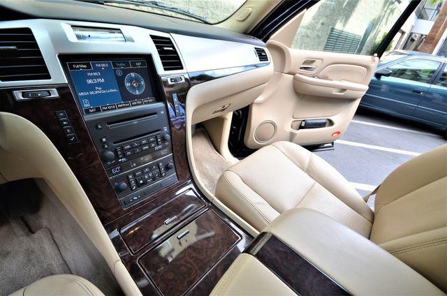 2009 Cadillac Escalade LUXURY Reseda, CA 9