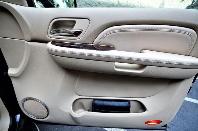 2009 Cadillac Escalade LUXURY Reseda, CA 40