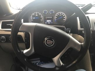 2009 Cadillac Escalade   city TX  Clear Choice Automotive  in San Antonio, TX
