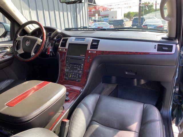2009 Cadillac Escalade Base in San Antonio, TX 78212
