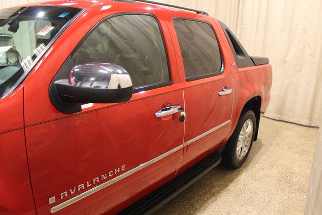 2009 Chevrolet Avalanche LTZ in Roscoe IL, 61073