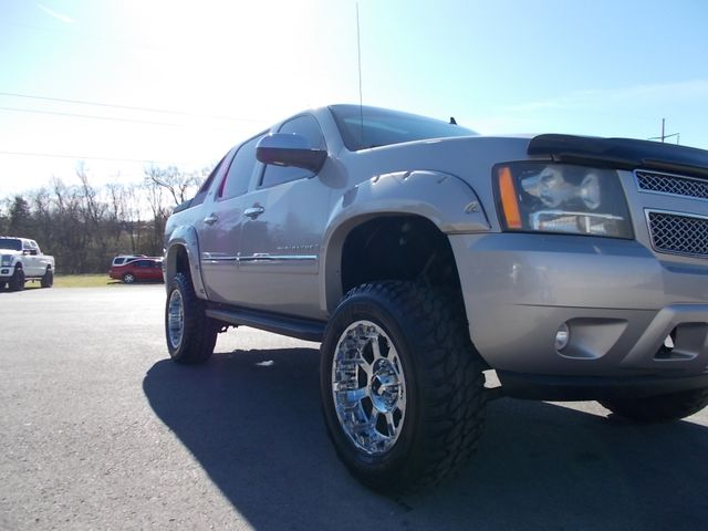 2009 Chevrolet Avalanche LTZ Shelbyville, TN 8