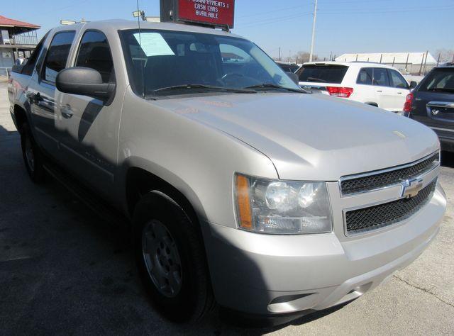 2009 Chevrolet Avalanche LS south houston, TX 4