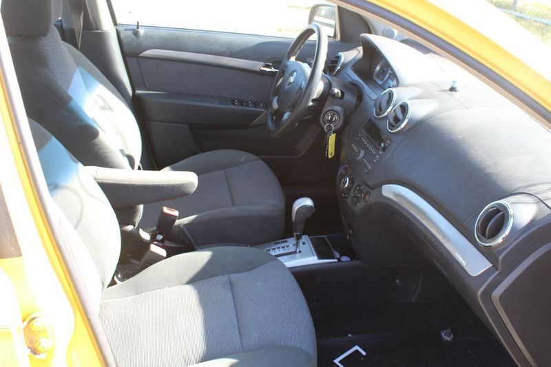 2009 Chevrolet Aveo LT w2LT  city MD  South County Public Auto Auction  in Harwood, MD
