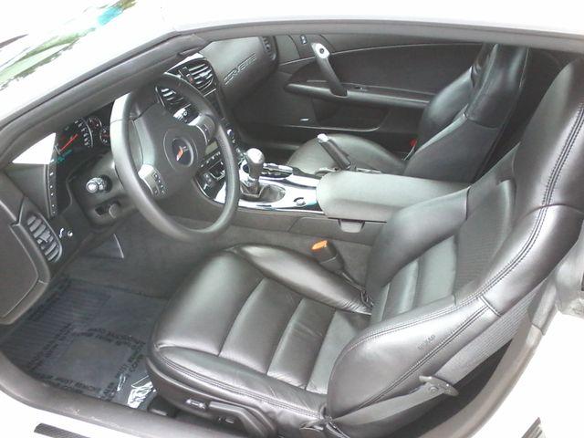 2009 Chevrolet Corvette w/3LT Boerne, Texas 9