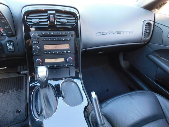 2009 Chevrolet Corvette Coupe 2LT, NAV, CD Player, Chrome Wheels Only 19k in Dallas, Texas 75220