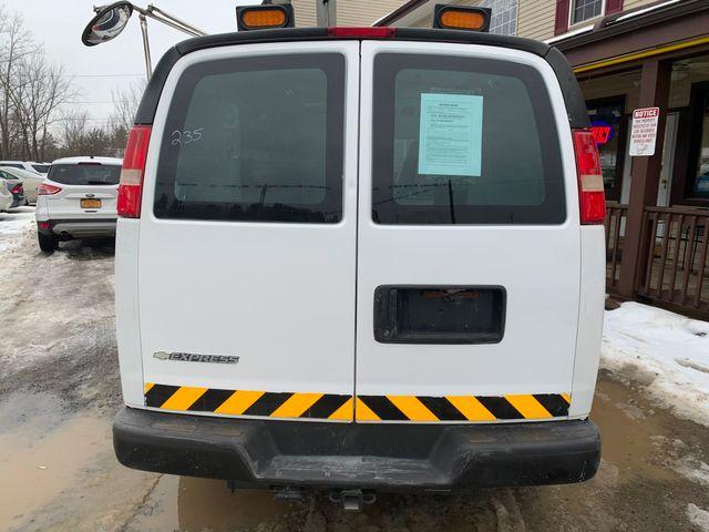 2009 Chevrolet Express Cargo Van Hoosick Falls, New York 3