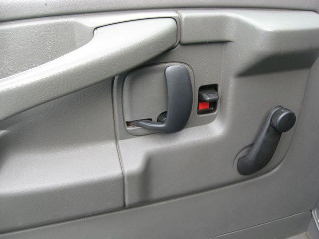 2009 Chevrolet Express Cargo Van Richmond, Virginia 12