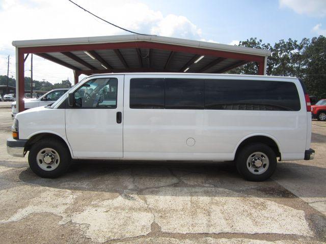 2009 Chevrolet Express Passenger Houston, Mississippi 2