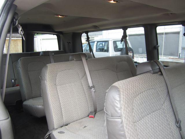 2009 Chevrolet Express Passenger Houston, Mississippi 9