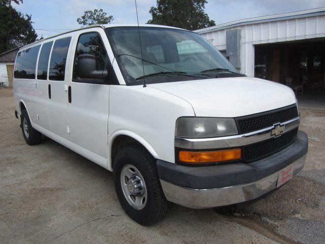 2009 Chevrolet Express Passenger Houston, Mississippi 1