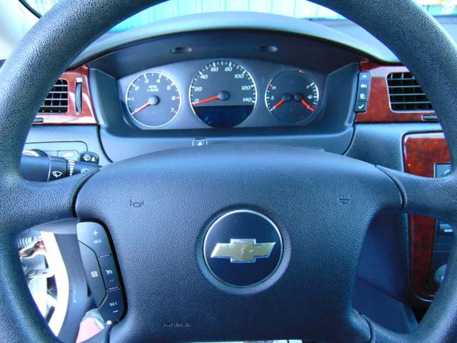 2009 Chevrolet Impala 3.5L LT Alexandria, Minnesota 14