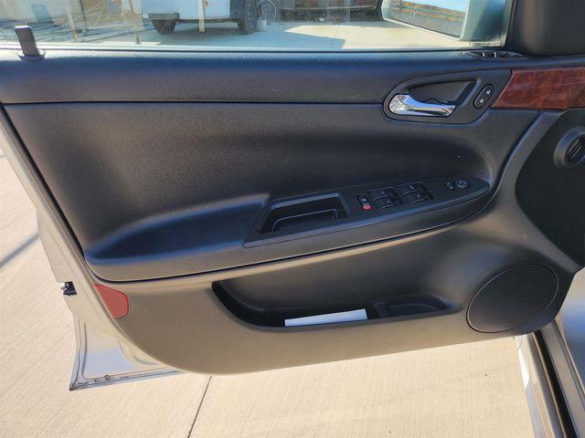 2009 Chevrolet Impala 3.5L LT Gardena, California 9
