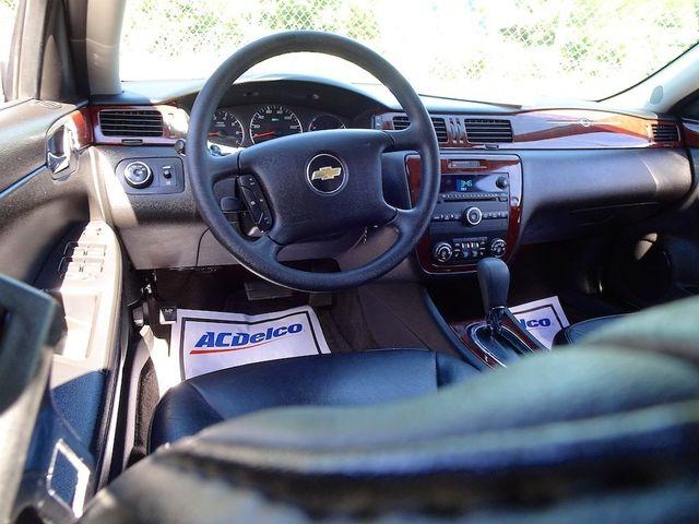2009 Chevrolet Impala 3.5L LT Madison, NC 34