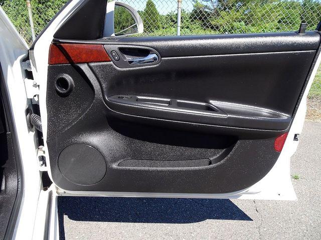 2009 Chevrolet Impala 3.5L LT Madison, NC 35
