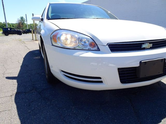 2009 Chevrolet Impala 3.5L LT Madison, NC 8