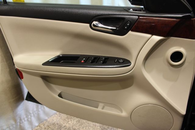 2009 Chevrolet Impala 3.5L LT in Roscoe IL, 61073