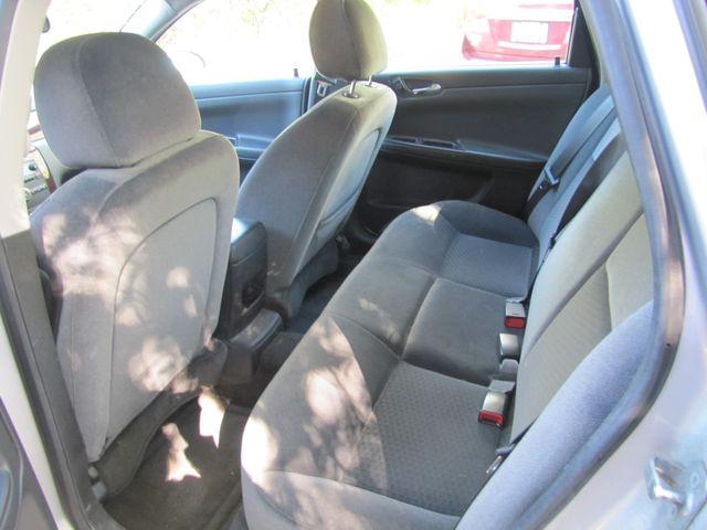 2009 Chevrolet Impala LS St. Louis, Missouri 5