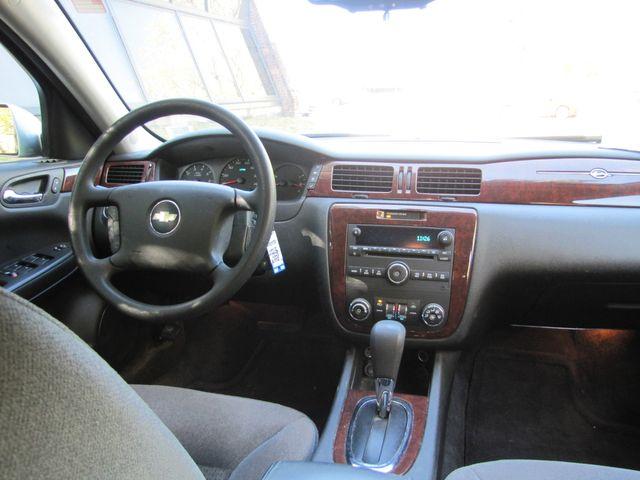 2009 Chevrolet Impala LS St. Louis, Missouri 7