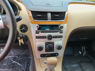 2009 Chevrolet Malibu LT w/1LT Farmington, MN 6