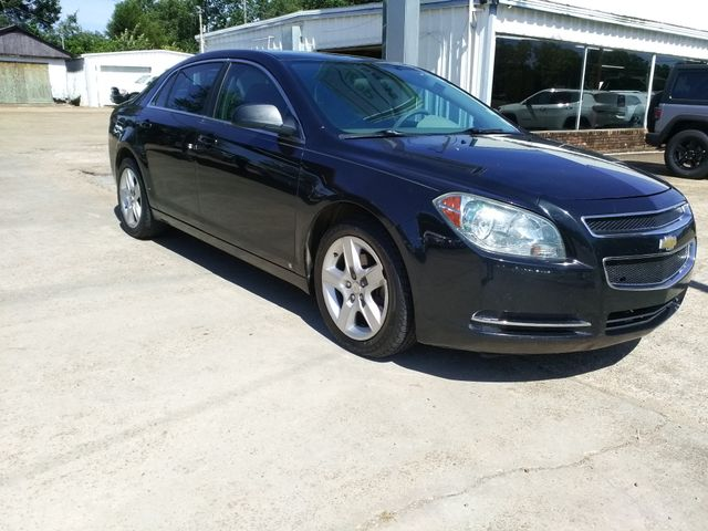 2009 Chevrolet Malibu LS Houston, Mississippi 1