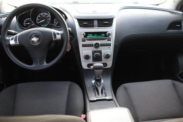 2009 Chevrolet Malibu LT w/1LT Santa Clarita, CA 7