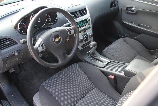 2009 Chevrolet Malibu LT w/1LT Santa Clarita, CA 8