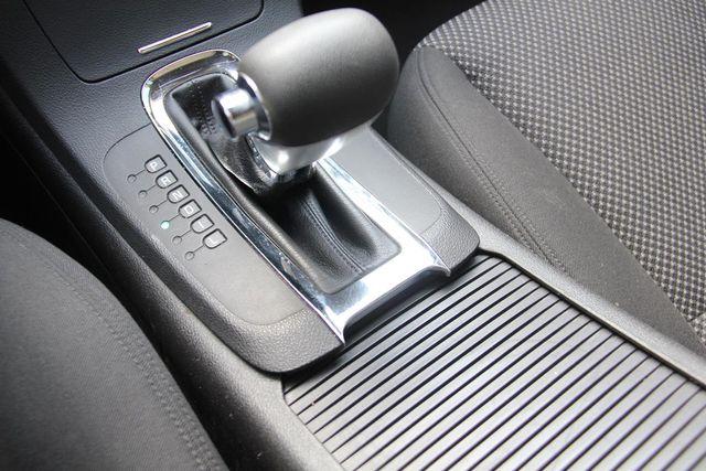 2009 Chevrolet Malibu LT w/1LT Santa Clarita, CA 26