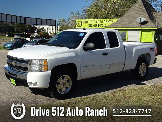 2009 Chevrolet Silverado 1500 LT in Austin, TX 78745
