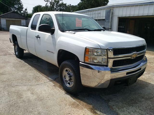 2009 Chevrolet Silverado 2500HD 4x4 Work Truck Houston, Mississippi 1
