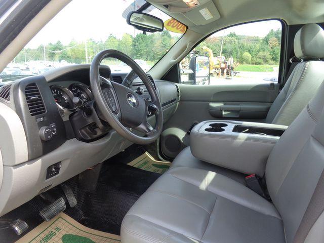 2009 Chevrolet Silverado 2500HD Work Truck Hoosick Falls, New York 4