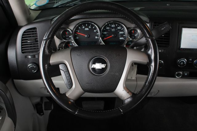 2009 Chevrolet Silverado 2500HD LT Crew Cab 4x4 Z71 - LEATHER! Mooresville , NC 4