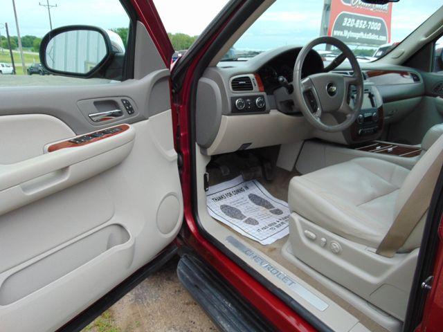 2009 Chevrolet Suburban LTZ Alexandria, Minnesota 14