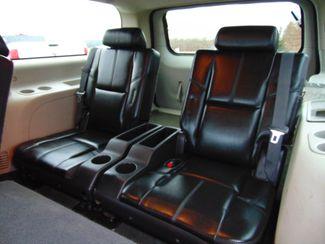 2009 Chevrolet Suburban 2500 4WD LS Alexandria, Minnesota 11