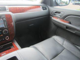 2009 Chevrolet Suburban LTZ Batesville, Mississippi 24