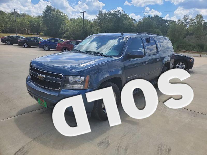 2009 Chevrolet Suburban LT w/2LT | Gilmer, TX | Win Auto Center, LLC in Gilmer TX