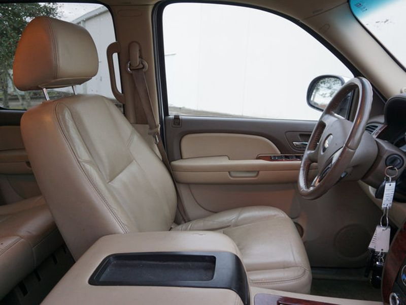 2009 Chevrolet Suburban LTZ  city LA  AutoSmart  in Harvey, LA